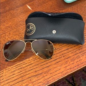 Ray-Ban Gold Aviator Sunglasses